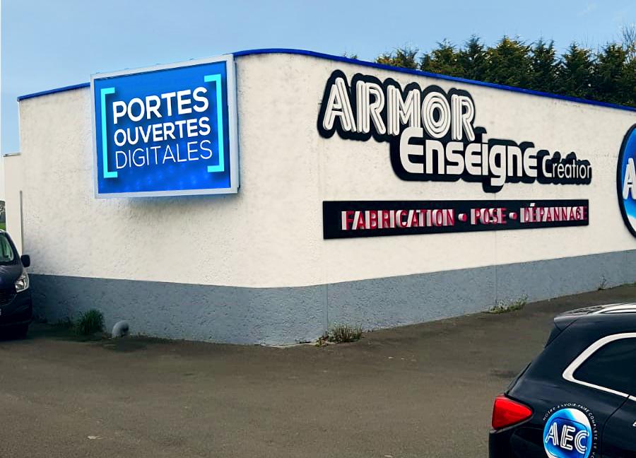 écran façade armor enseigne