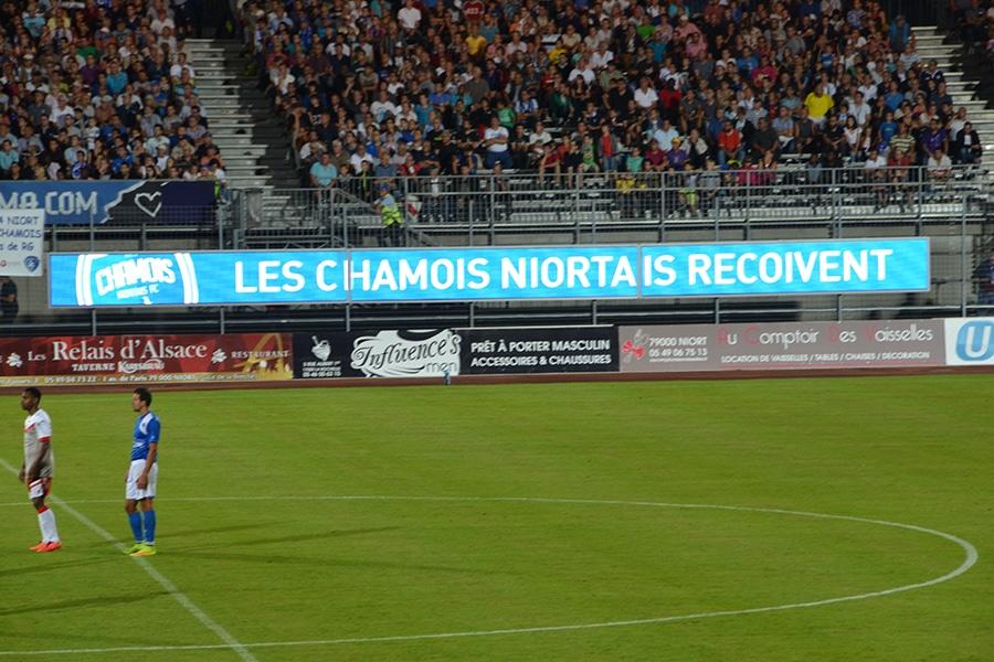Les Chamois Niortais écran LED perimeter pour le stade de foot