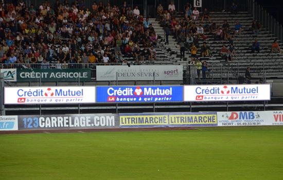 écran sponsor tour de stade