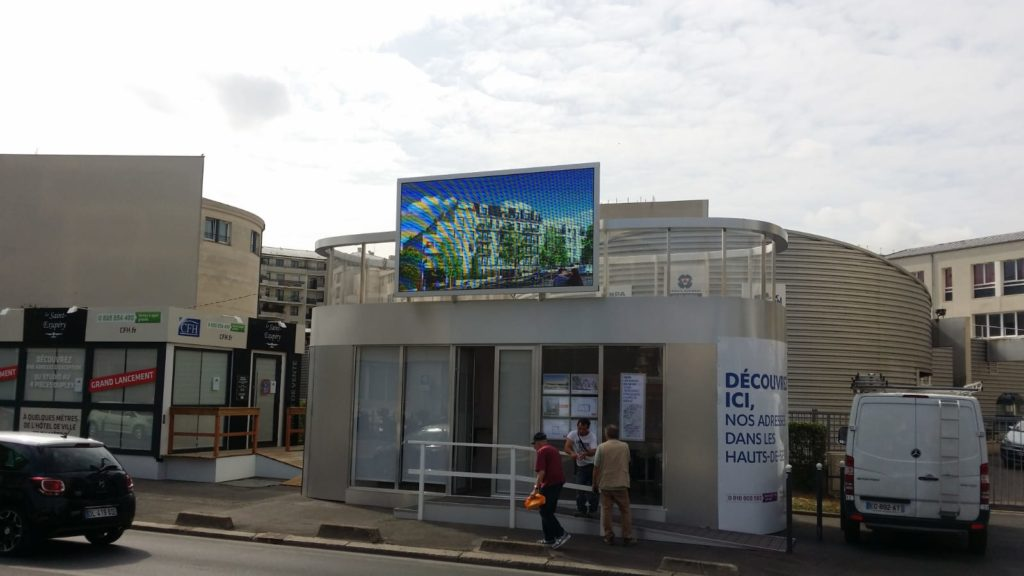 écran facade immobilier